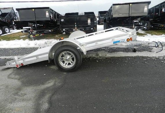 white utility trailer